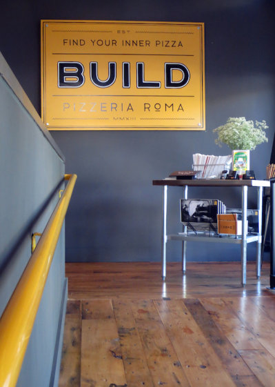 Build Sign 04